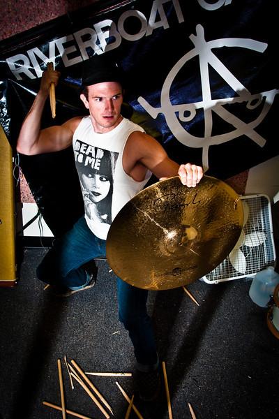 300 (drumsticks)