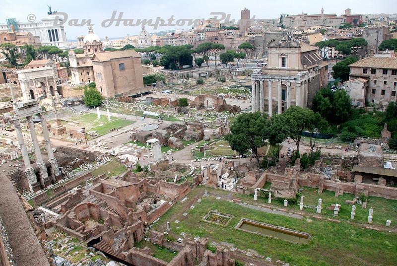 Colosseum (16).jpg