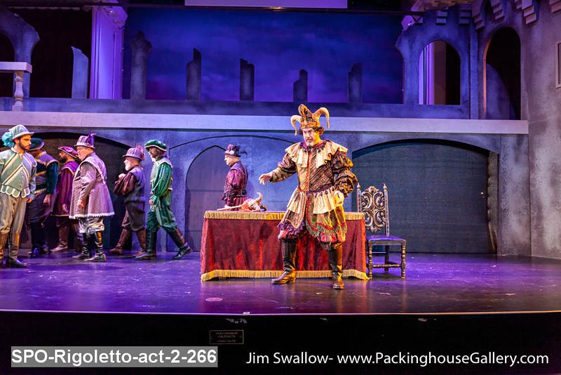 SPO-Rigoletto-act-2-266.jpg