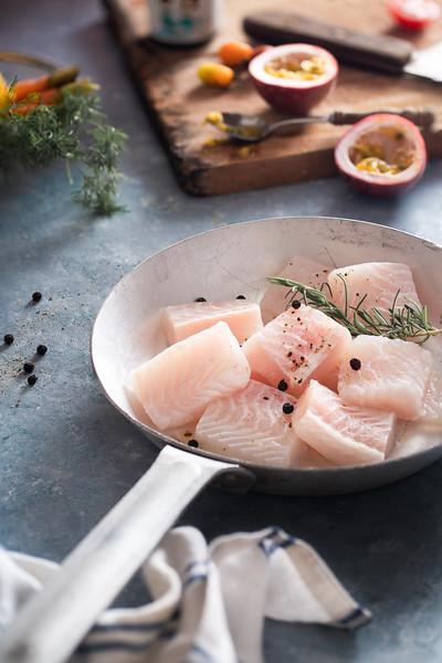 Chụp hình thức ăn cá tra xuất khẩu IDISEA FOOD