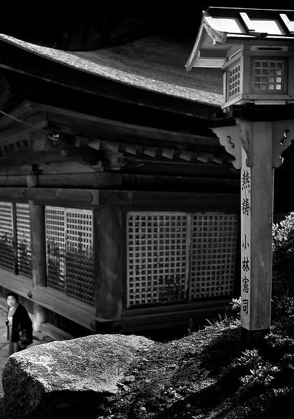 Shrine_004.jpg