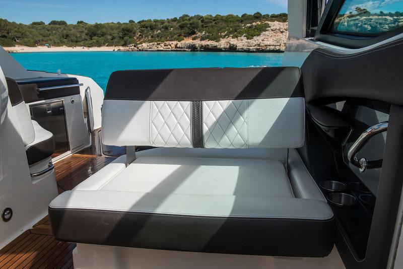 Sundancer 320 Mallorca (19).jpg