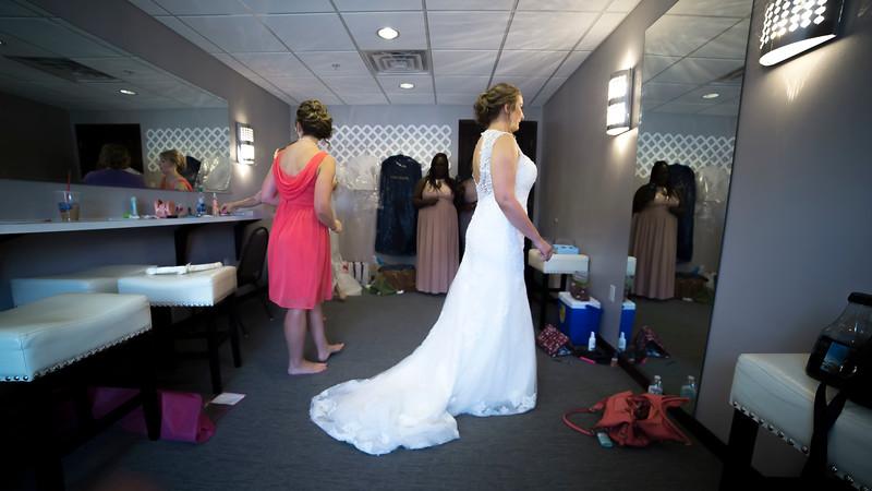 Laura & AJ Wedding (0147).jpg
