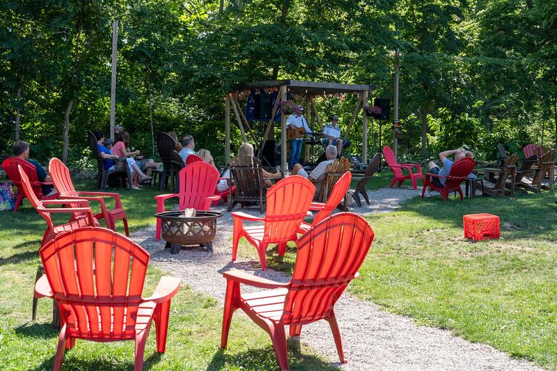 Rocky Point Winery outdoor garden