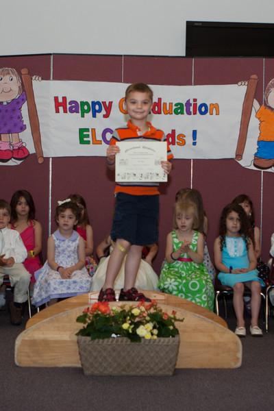 20110524_ELC_graduation_0016.jpg