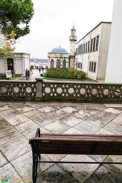 Topkapi-Palace-08477.jpg