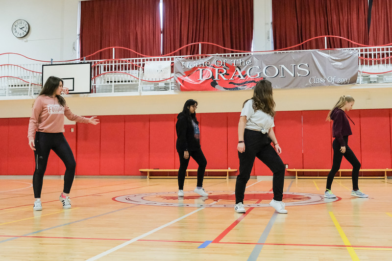 Grade 10 PE-Dance and Soccer-DSCF6439-2018-19.jpg