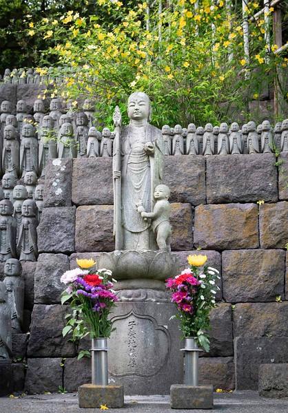KamakuraHaseDeraJizo7.jpg
