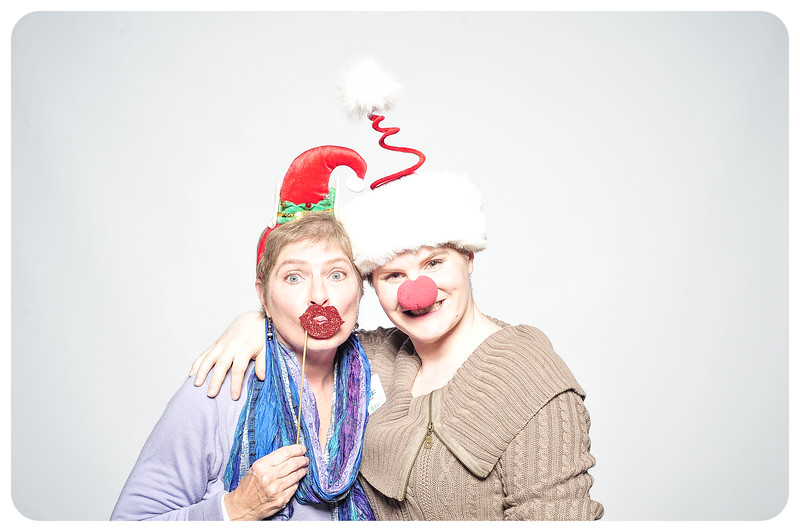 Champlin-Holiday-Photobooth-36.jpg