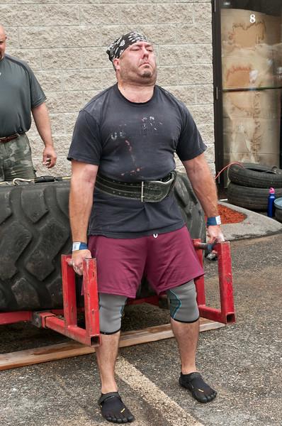 Fitness Revolution Strongman Challenge 2011_ERF4027.jpg