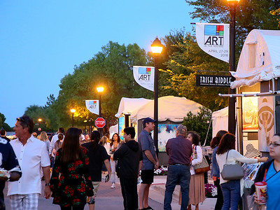 Southlake Women's Club ART In The Square 2018