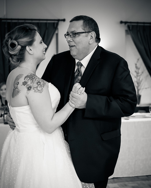 EDITS - Ryan and Lindsey Wedding 2014-343.jpg