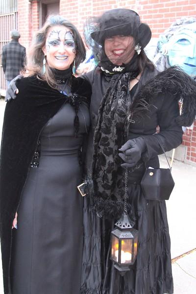 2011.10.31 Street Halloween Parade.ss-5.jpg