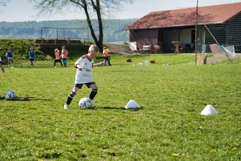 hsv-fussballschule---wochendendcamp-hannm-am-22-und-23042019-w-11_46814455235_o.jpg