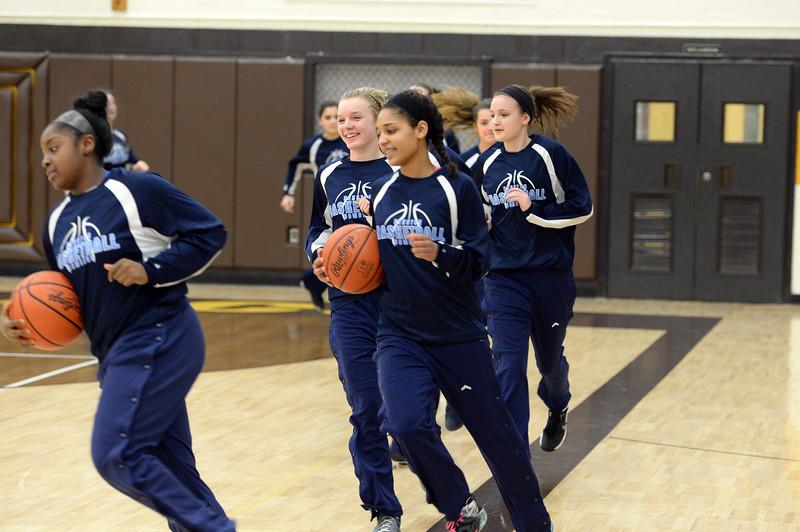 girls_basketball_1573.jpg