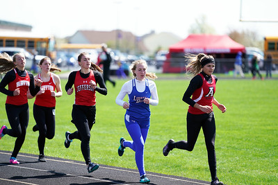 Girls 1600m Run (2019-04-27)