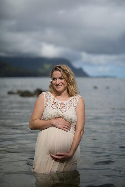 Kauai maternity photography-88.jpg