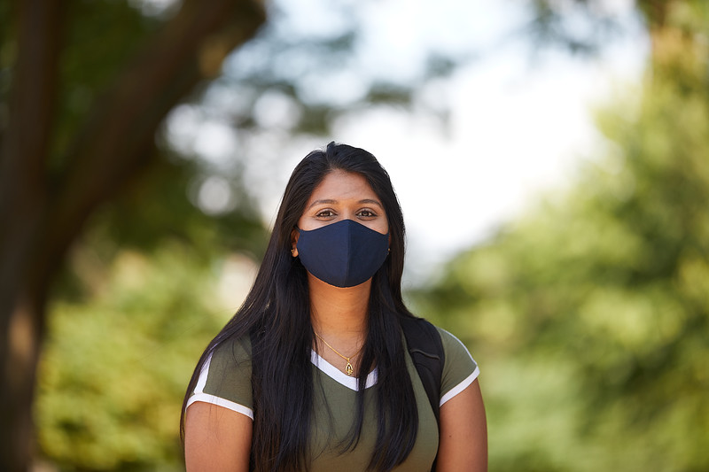 2020 UWL Students with Masks 0183.jpg