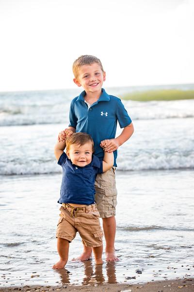 Family beach photos-142.jpg