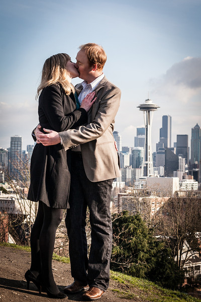 couple-at-kerry-park-kissing.jpg
