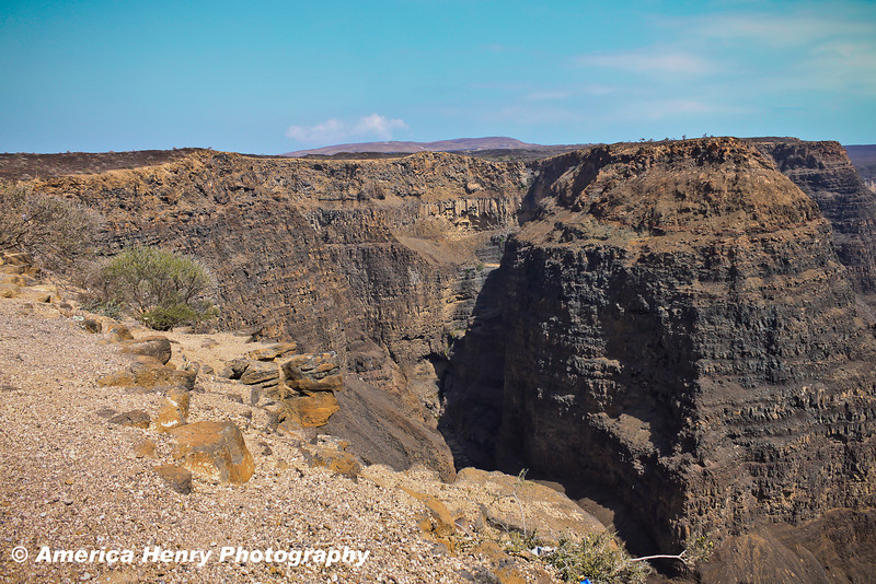 Canyon & Cliff Edits for WEB 4.15.12-23.jpg