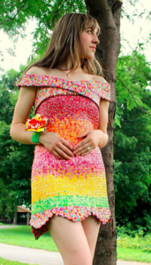 woman-meets-husband-after-he-gives-her-pack-of-starburst-candy-makes-dress-from-the-wrappers