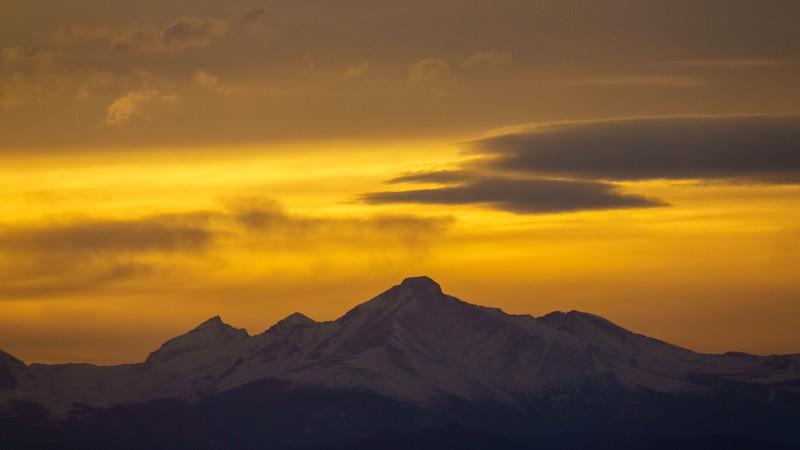 042621_airfield_mountains-223.jpg