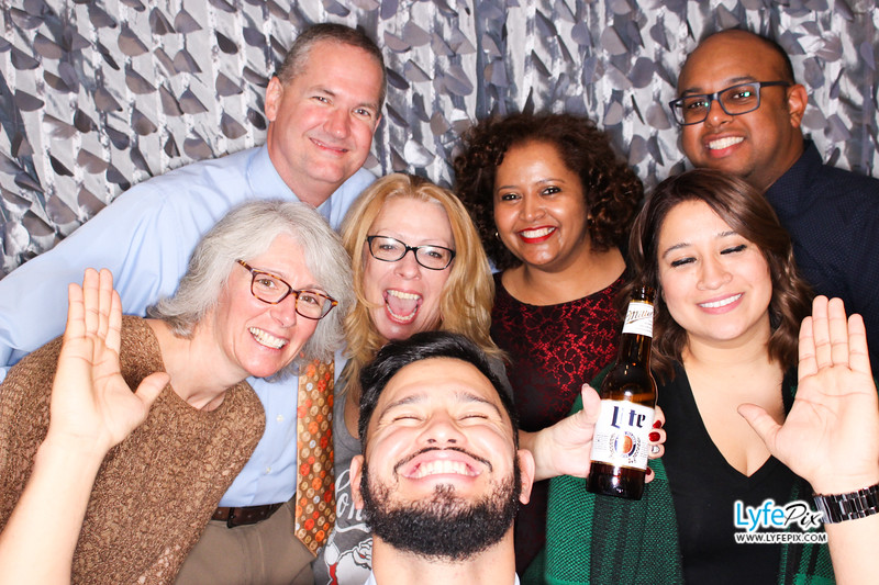 red-hawk-2017-holiday-party-beltsville-maryland-sheraton-photo-booth-0259.jpg