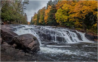 Cedar River Buttermilk Falls October 2018
