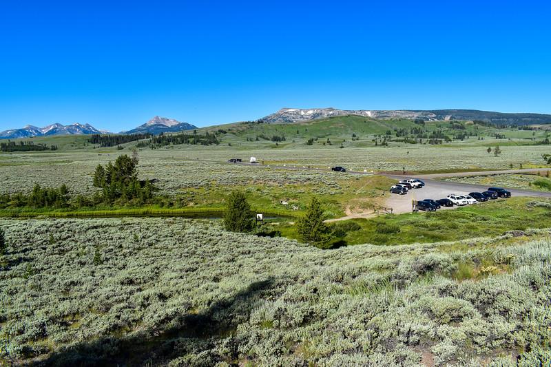 Bunsen Peak Trail -- 7,280'