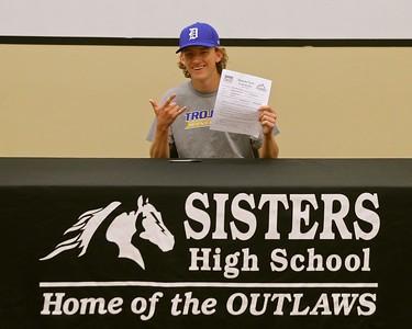 Alex Gannon Signs to Play College Baseball in South Dakota