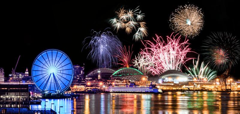 Mariners Fireworks 0058-Edit-Edit.jpg