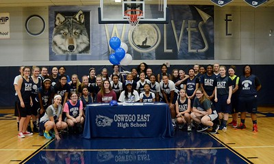 Ty Battle College Signing 2016/17