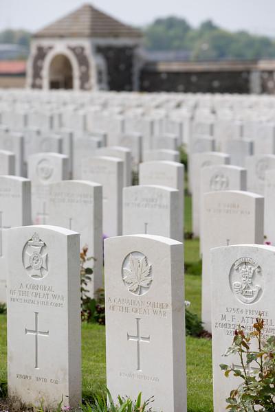 Ypres Tyne Cot Cemetery (7 of 123).jpg