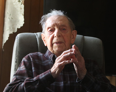 Henry Naruszewicz turns 105 on New Year's Day 122920