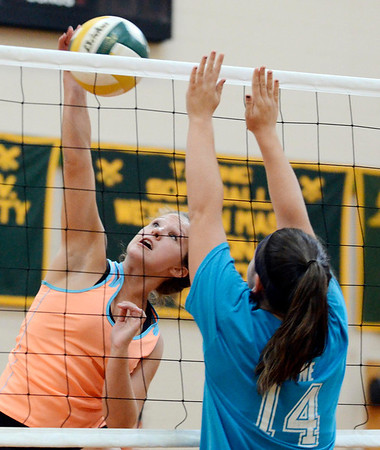 Taconic volleyball practice-082913