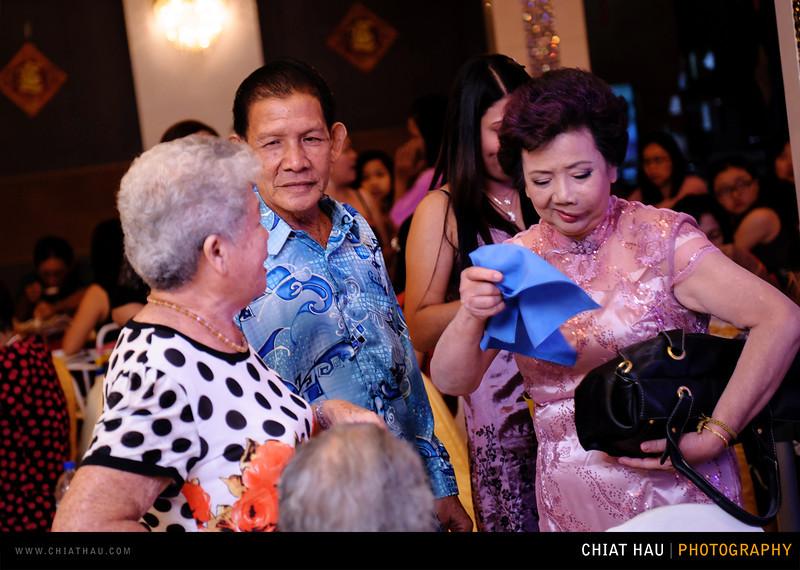 Chee Hou + Li Li - Actual Day Bride Dinner -_-68.jpg