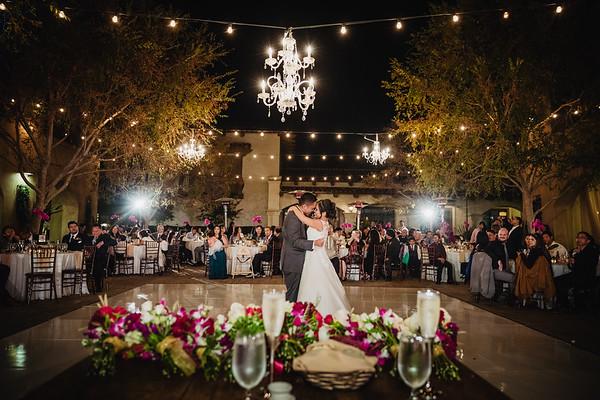 Serra Plaza | San Juan Capistrano Wedding | Lesley and Elliott