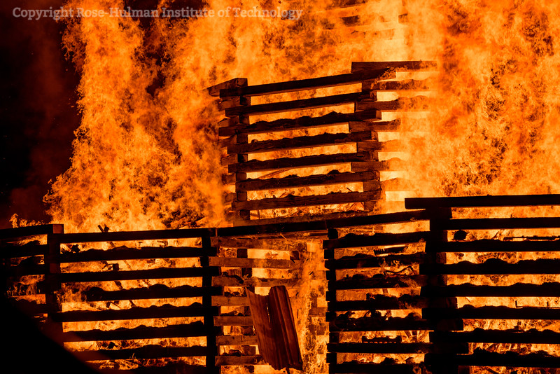 RHIT_Homecoming_2017_BONFIRE-12218.jpg