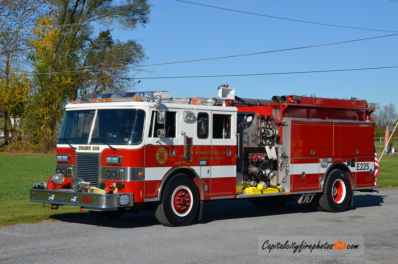 Monroe Township Engine 2-25: 1990 Pierce Lance 2000/1000 (X-West Hanover, PA)