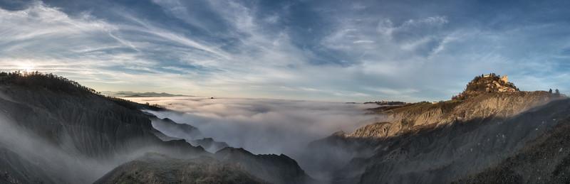 Fog down below - Canossa, Reggio Emilia, Italy - December 21, 2014