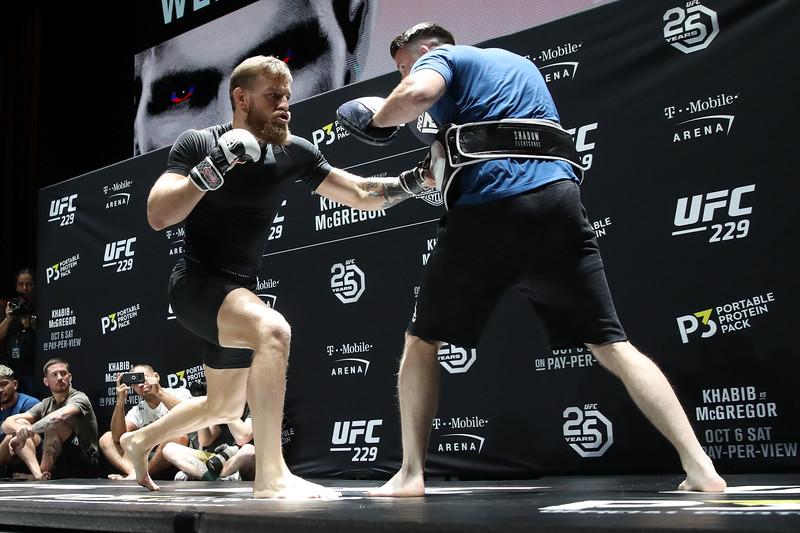 UFC 229_Wednesday_Cr. Mpu Dinani-26.jpg