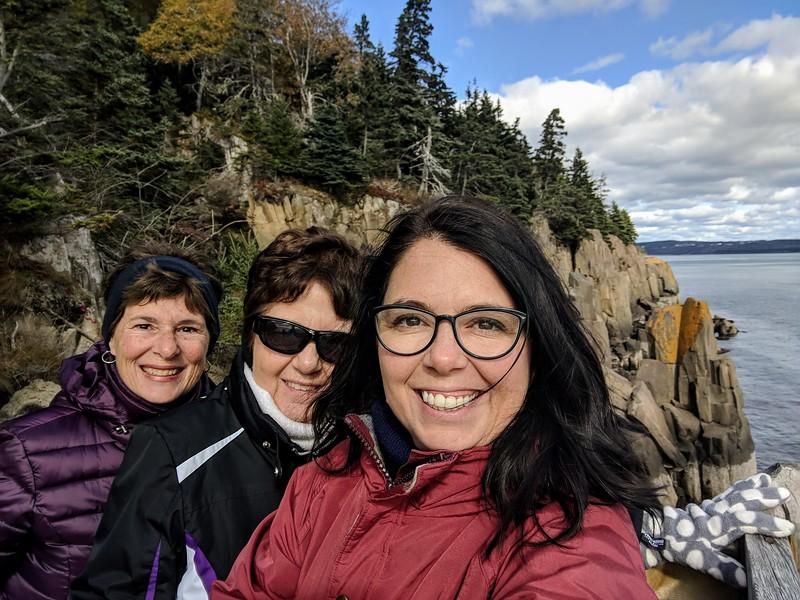 Nova Scotia balancing rock 4.jpg