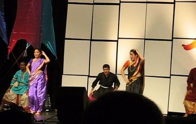 Marathi Dance