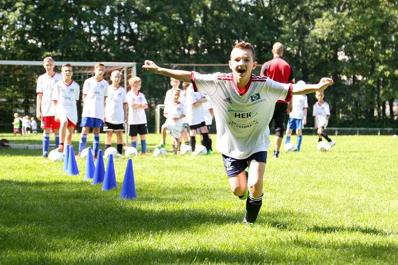 hsv_fussballschule-241_48047993283_o.jpg