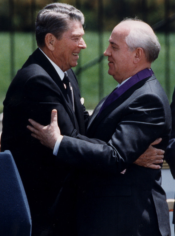 . 05/04/92-Simi Valley-Former President Ronald Reagan hugs Mikhail Gorbachev following the presentation of the 1st Ronald Reagan Freedom Award Monday at the Ronald Reagan Presidential Library and Center for Public Affairs.   (Los Angeles Daily News file photo)