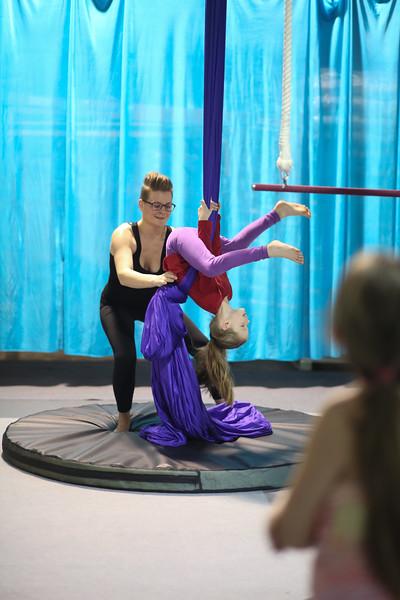 Cirque Wonderland-17.jpg