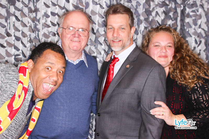 red-hawk-2017-holiday-party-beltsville-maryland-sheraton-photo-booth-0297.jpg