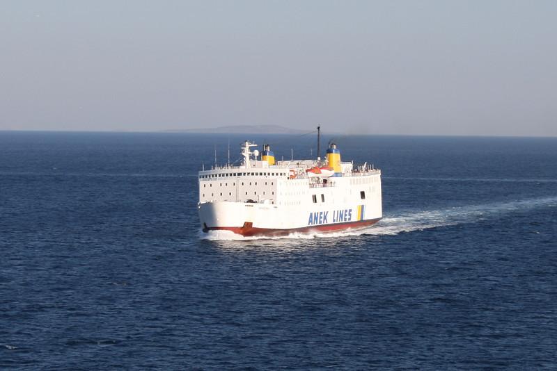 2009 - F/B IERAPETRA L on route to Piraeus.