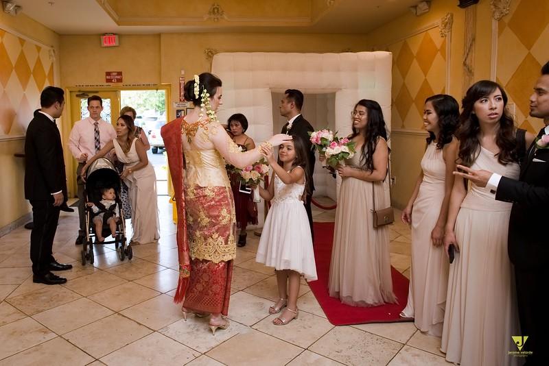 Wedding of Elaine and Jon -424.jpg